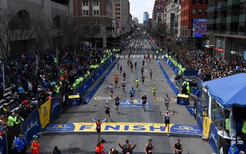 Bostoni maratoni finiš.