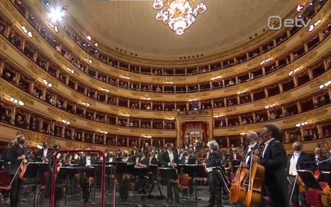La Scala Milanos avas pärast 200-päevast pausi taas uksed.
