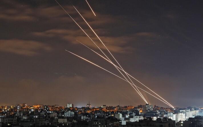 Выпущенные из сектора Газа ракеты по Израилю.