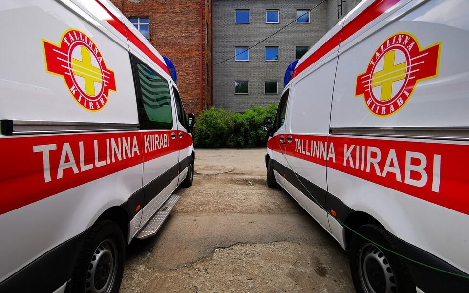 Таллиннская скорая помощь призывает сотрудников вакцинироваться.