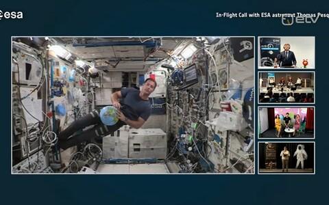 Astronaut Thomas vastas õpilaste küsimustele.