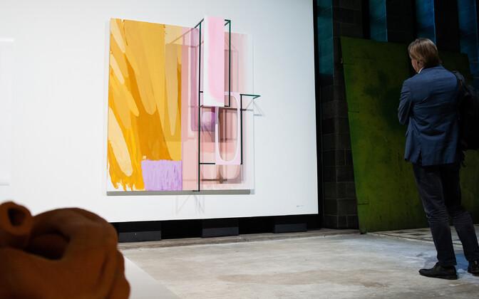 "Näitus ""CHECKING THE MIRACLE"" Solaris galeriis"