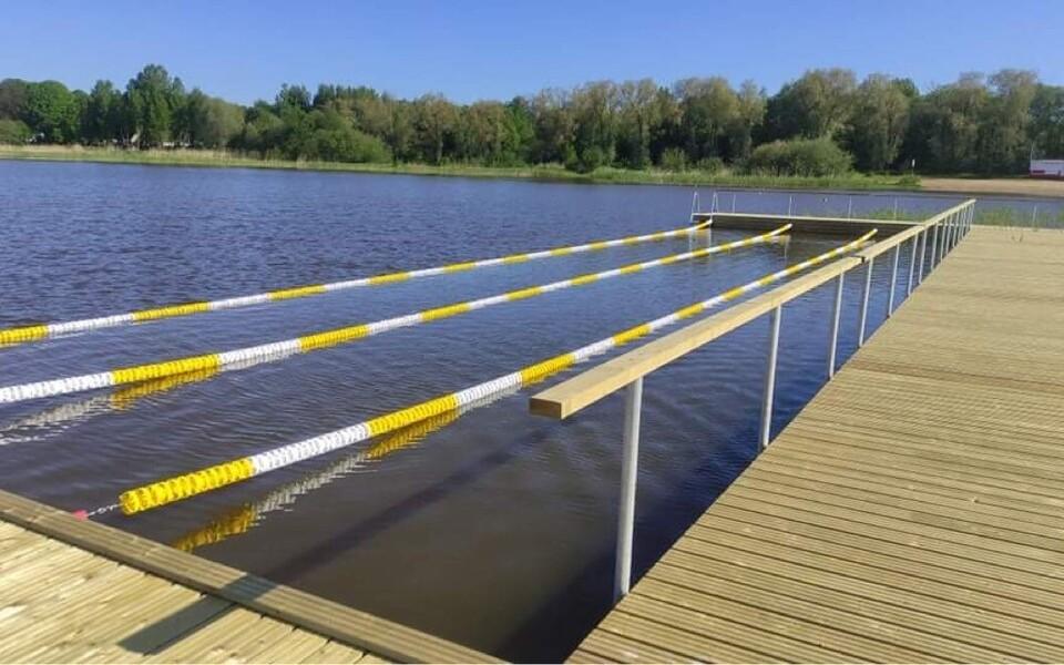 Бассейн под открытым небом на озере Харку.