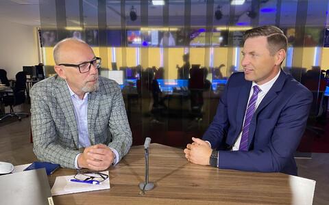 Ильдар Низаметдинов и Ханно Певкур в студии Дома новостей ERR.