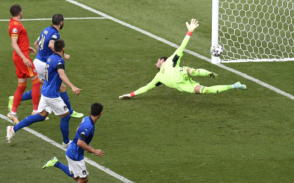 Matteo Pessina värav tõi Itaaliale mängus Walesi vastu võidu