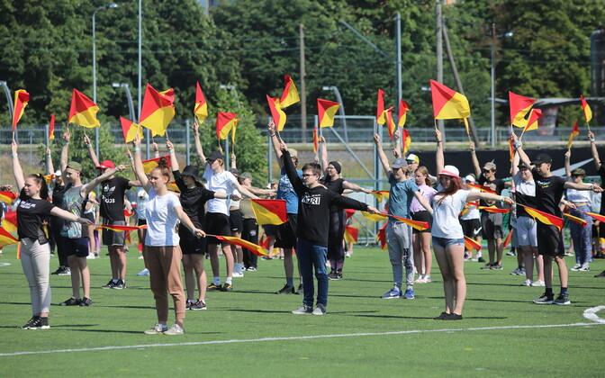 Võimlemispidu on toonud Tallinna 2500 võimlejat