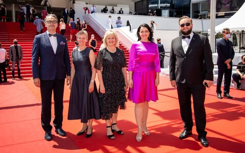 Министр культуры Аннели Отт на Каннском кинофестивале.