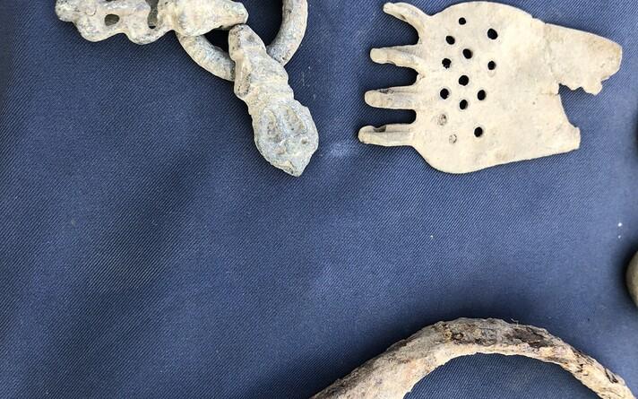 Археологи на раскопках в Пярнуском уезде.