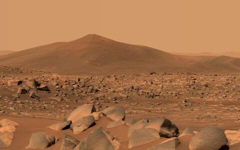 Pilt Jezero kraatrist Marsil.