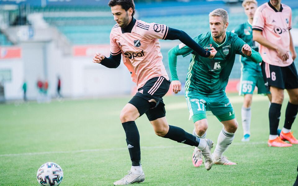 Amir Natho mängus Levadia vastu