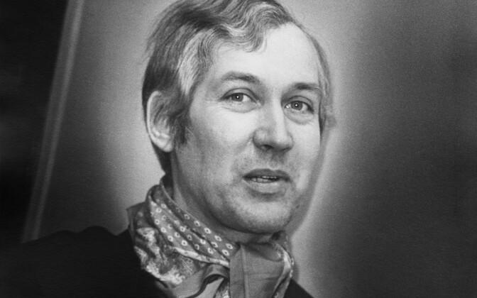 Kirjanik Jaan Kaplinski, 1981