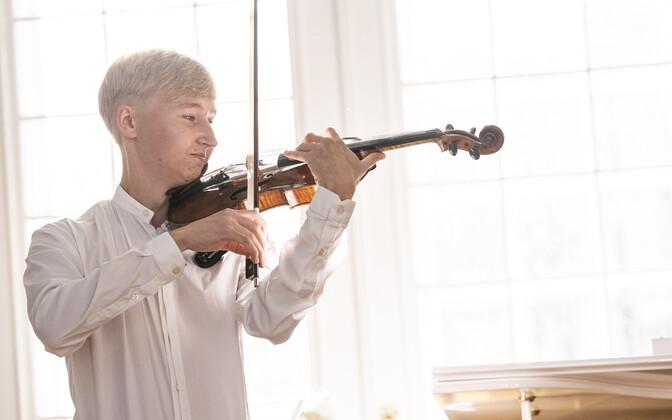 Viiuldaja Hans Christian Aavik.