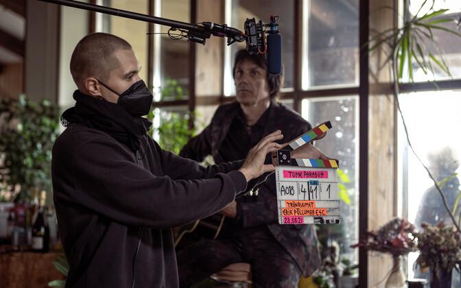 """Algasid režissöör Triin Ruumeti uue filmi """"Tume paradiis"""" võtted"""