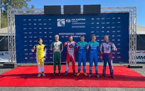 Eesti kardisportlased MM-il (vasakult): Mark Dubnitski, Markus Kajak, Kenneth Hildebrand, Ken Oskar Algre, Siim Leedmaa ja Kaspar Kallasmaa.