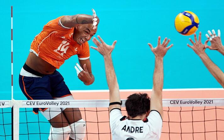 Hollandile 37 punkti toonud Nimir Abdel-Aziz (vasakul)