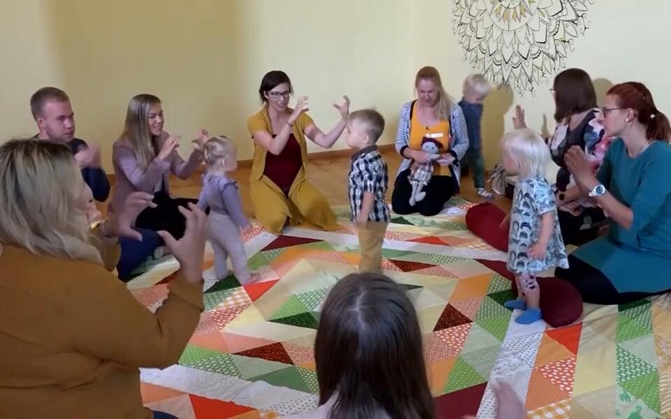Üha enam vanemaid alustab beebiga suhtlemist viipekeeles.