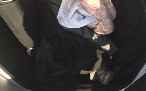 Автомобиль, в котором обнаружили нелегального иммигранта.