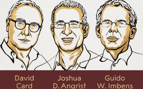 Nobeli majandusauhinna laureaadid David Card, Joshua D. Angrist ja Guido W. Imbens.