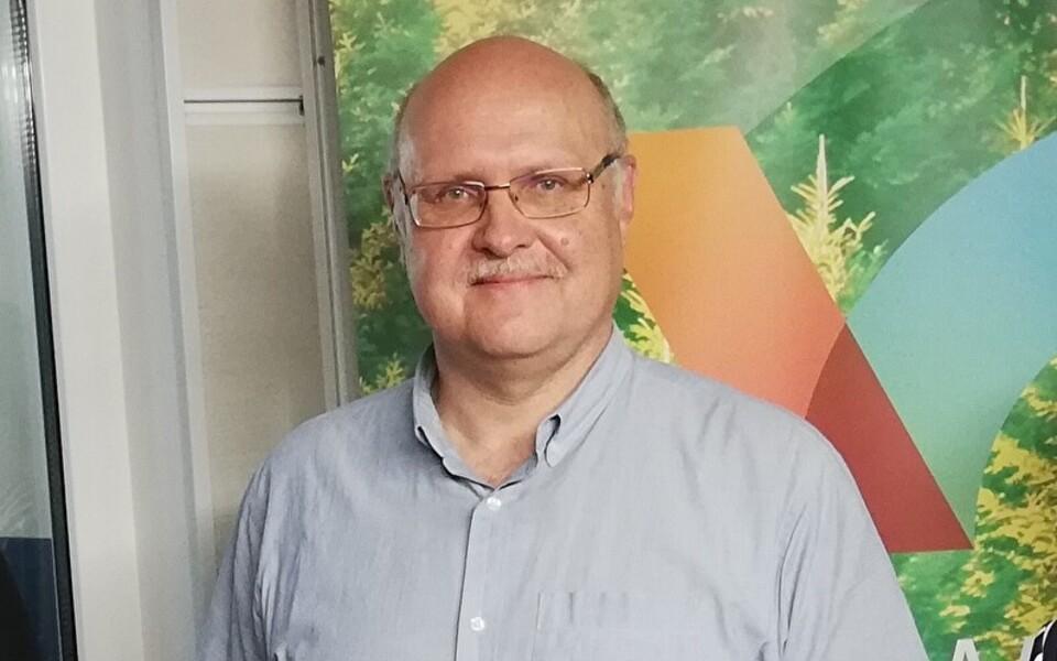 Андрес Меритс.