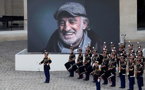Жан-Поль Бельмондо умер 6 сентября 2021 года.