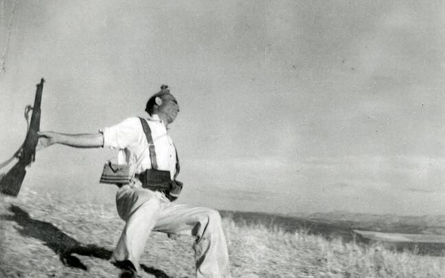 Роберт Капа