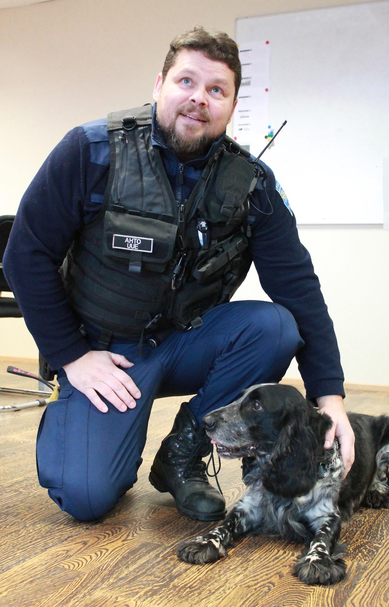 Работавшая в Нарве и Раквере служебная собака Аргус отправилась на пенсию